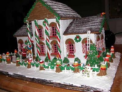 Christmas House Cake Decoration : Gingerbread bakery custom christmas house delivery 24/7 ...