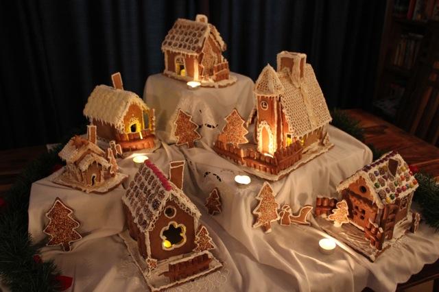 Gingerbread Houses Ginger Bread House Christmas Ginger Bread House